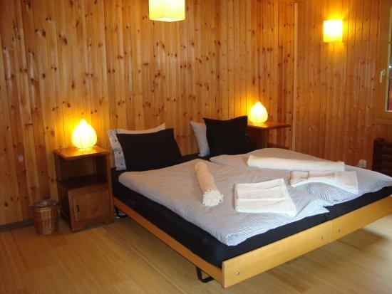 Rossinière, Szwajcaria: Chambre bleue
