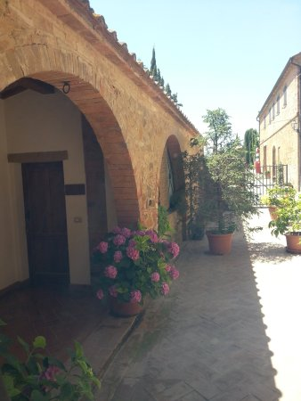Agriturismo Casalpiano: 20170626_142020_large.jpg