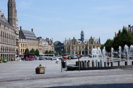 Jabbeke, Bélgica: Ieper city center