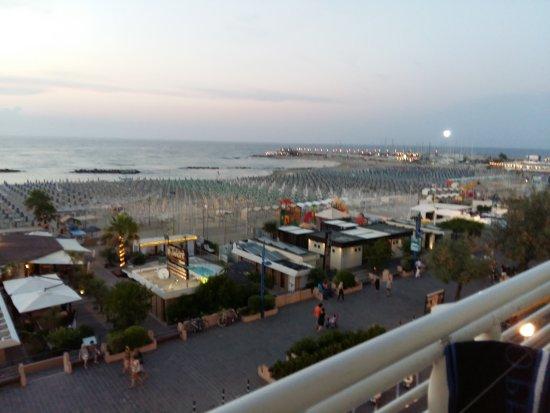 Hotel Lungomare : Vista camera 64
