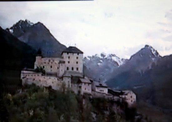 Schloss Tarasp: Schloß Tarasp