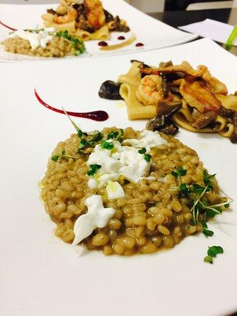 Sambruson, Italy: Orzotto con ostriche, burrata e lime