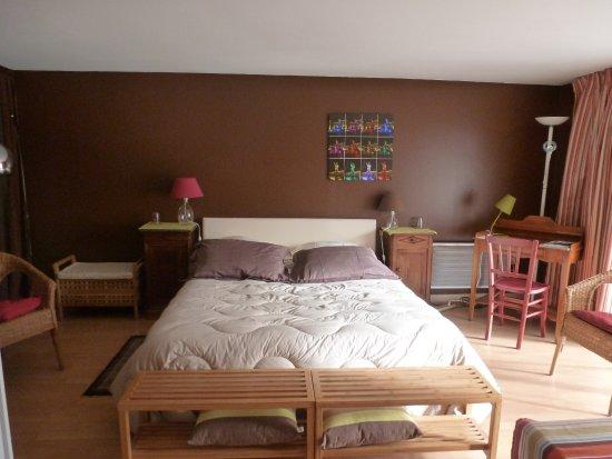 a la maison jaune nantes frankrijk foto 39 s en reviews. Black Bedroom Furniture Sets. Home Design Ideas
