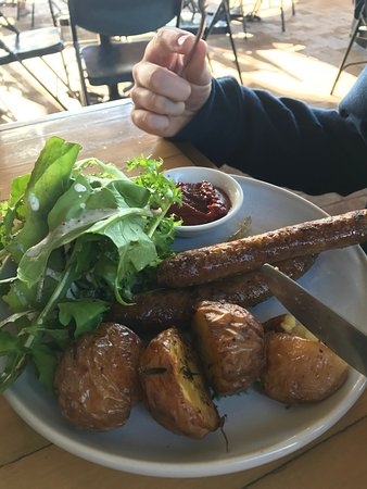 Ewingsdale, Австралия: Lunch at Three Blue Ducks, a must do if you are in Byron.