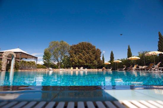 Podere gli olmi bewertungen fotos preisvergleich for Swimming pool preisvergleich