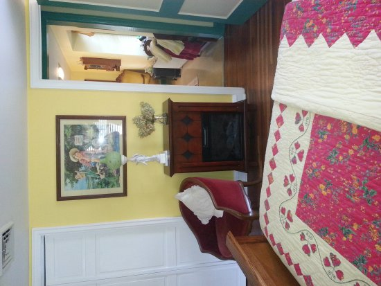 Adamstown, PA: Living Spring Farm Bed and Breakfast