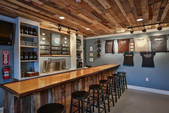 Slack Tide Brewing Company