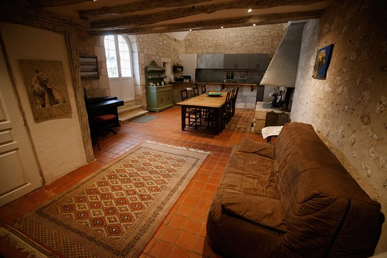 Huismes, Francia: self catering hunters' room
