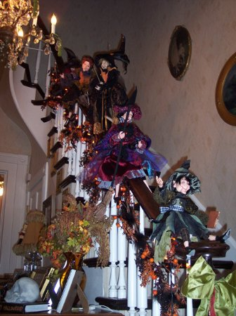 MoonStruck Manor Bed and Breakfast: Witches sliding down the banister at Halloween