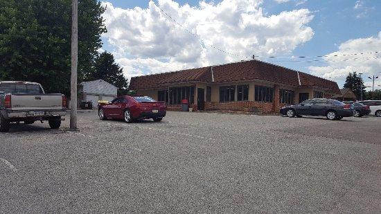 Dover, Pensilvania: Large restaurant with plenty of parking