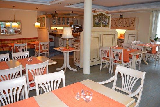 Bad Bevensen, Tyskland: Frühstück und Restaurant