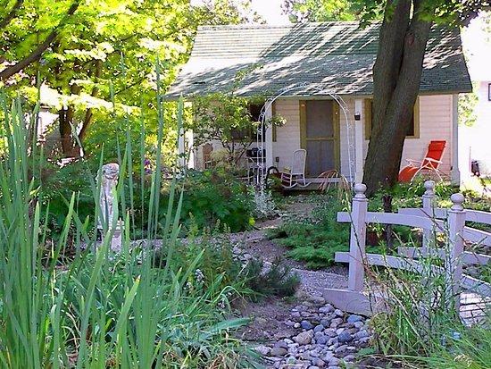 Chantry Breezes B&B : Garden Cottage