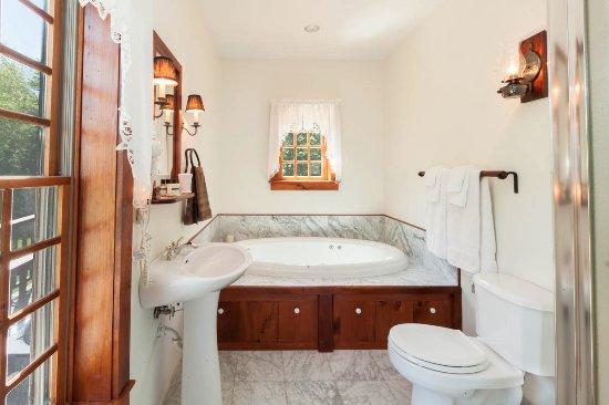 Stone Ridge, Estado de Nueva York: Heritage bath