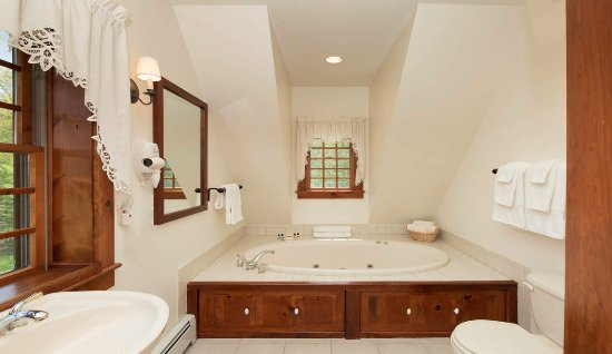 Stone Ridge, NY: Honeymoon bath
