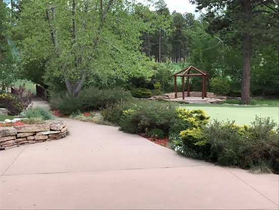 Echo Basin Cabin and RV Resort: ceremony site