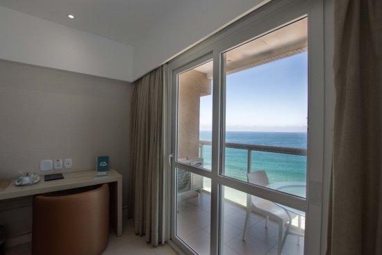 Monte Pascoal Praia Hotel Salvador: Apto Luxo Frente Mar