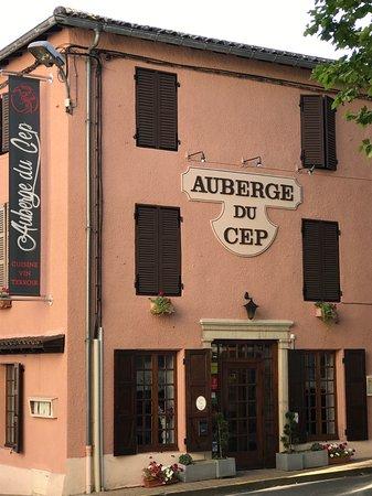 Fleurie, França: La facade de l'auberge