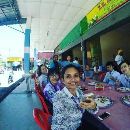 Teluk Intan, Malasia: T.K. Mano Banana Leaf Restaurant