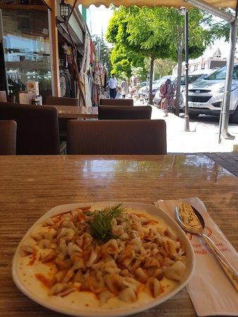 Maccan Cafe Restaurant: 내가 시킨 만티.