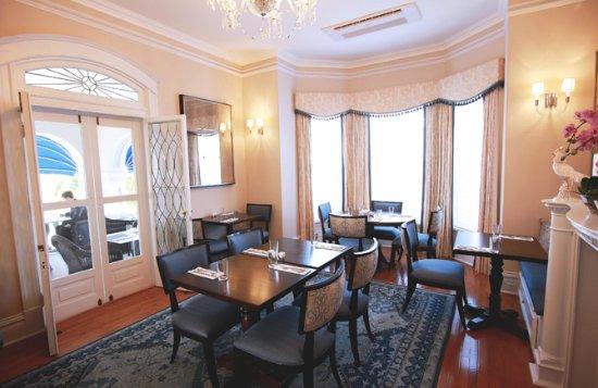 Rosedon Hotel: Huckleberry Restaurant