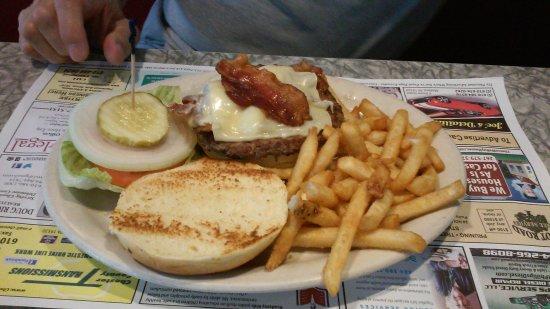 Coatesville, PA: burger