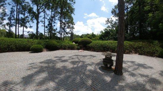 Morikami Museum & Japanese Gardens: Zen Rock Garden