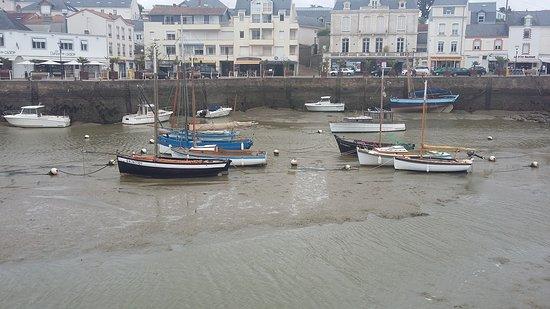 Vieux port la rochelle france top tips before you go tripadvisor - Restaurant vieux port la rochelle ...
