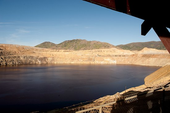Berkeley Pit viewing stand, Butte, Montana