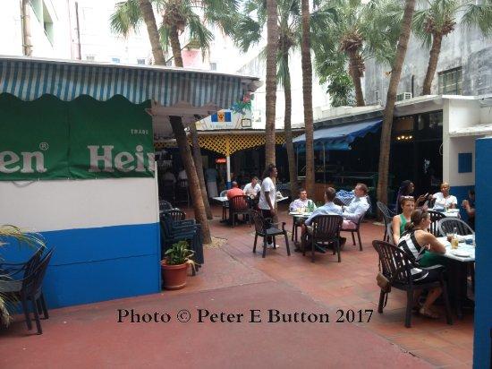 Spring garden hamilton restaurant reviews photos tripadvisor for Spring garden jamaican restaurant