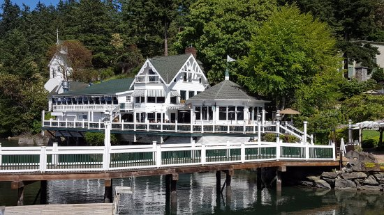 Roche Harbor, WA: Madrona Bar and Grill, you get a great view from here