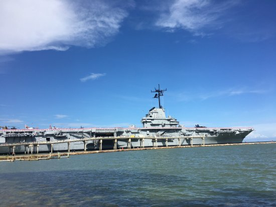 ‪USS Lexington Museum on the Bay‬