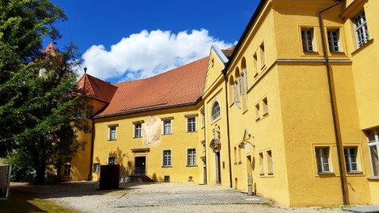 Neuburg am Inn, Deutschland: 14987595534646_large.jpg