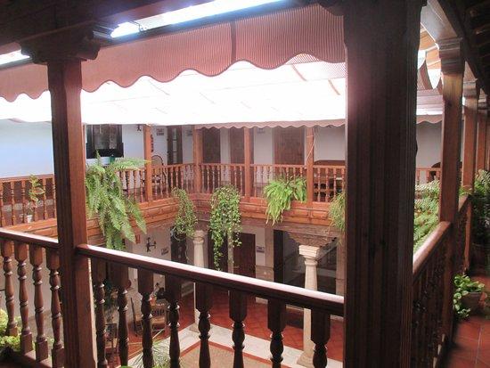 Hotel Casa Palacio: Patio