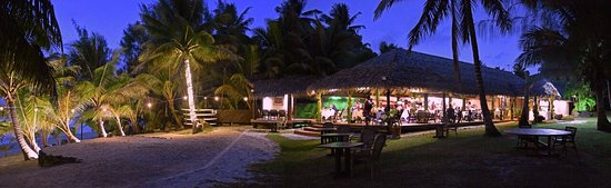 Tamanu Beach: Our beachside restaurant