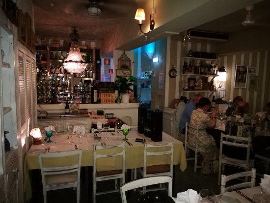 Restaurante Malveiro : vista do interior do restaurante
