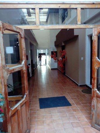 Hotel San Martin: hall