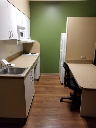 Extended Stay America - Chicago - Itasca: kitchen area