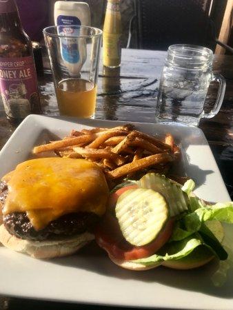 Mount Carmel, UT: great burger