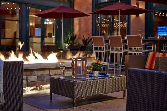 Milwaukee Road Patio Features