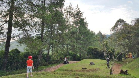 West Java, Indonesien: CYMERA_20170620_164543_large.jpg