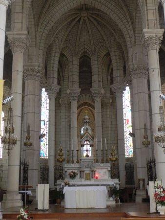 Chemille, ฝรั่งเศส: High altar