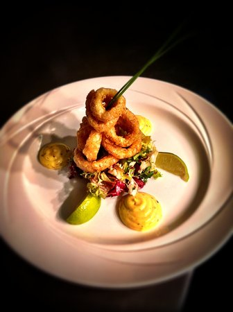 Treyvaud's : Deep fried Calamari