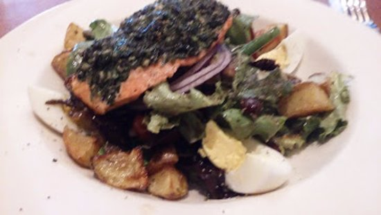 Murray, UT: Salmon Nicoise Salad