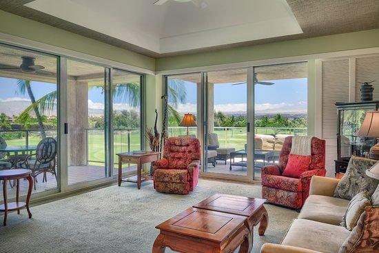 Vista Waikoloa: Living room