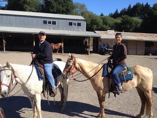 Olema, CA: Great horses, happy riders!!