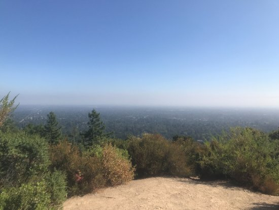 Saratoga, CA: Lookout at top of Hill