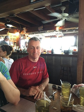 Sparky's Landing Fish and Cocktails: The bar