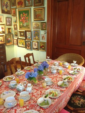 Palenville, NY: Breakfast in our dining room