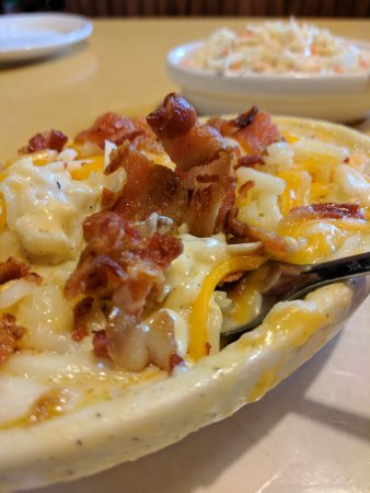 Portland, IN: Buffalo Wings & Rings