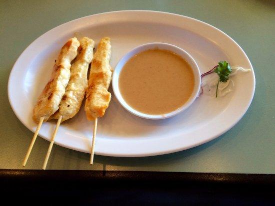 Little Thai Kitchen: Chicken Sate appetizer